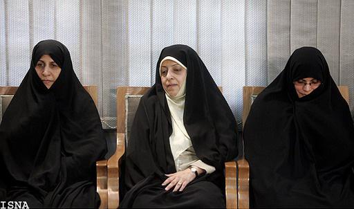 از سمت راست: همسر دکتر قالیباف، معصومه ابتکار و پروین احمدی نژاد